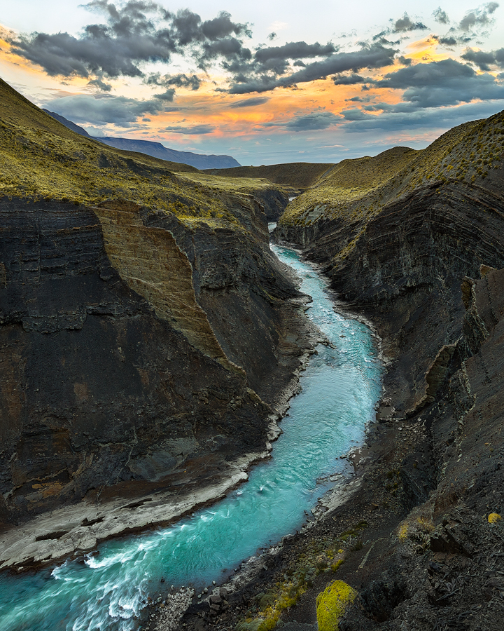 river argentina canyon sunset